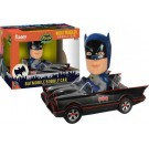 Funko Wobbler Batmobile