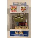 Funko Keychain Alien GITD